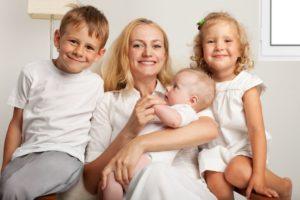 Многодетная мама это сколько детей и какого возраста