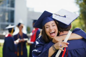 Может ли студент с академической задолженностью перевестись в дрвуз?